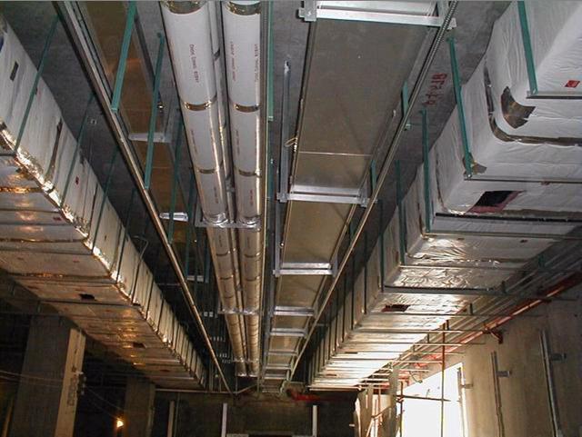 排煙系統,都是由送排風管道、管井、防火閥、門開關設備、送